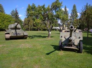 Tank s delom